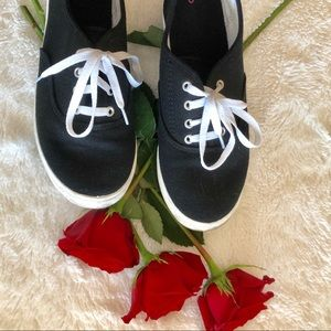 Shoes - Black canvas sneakers with white laces. Size 6.